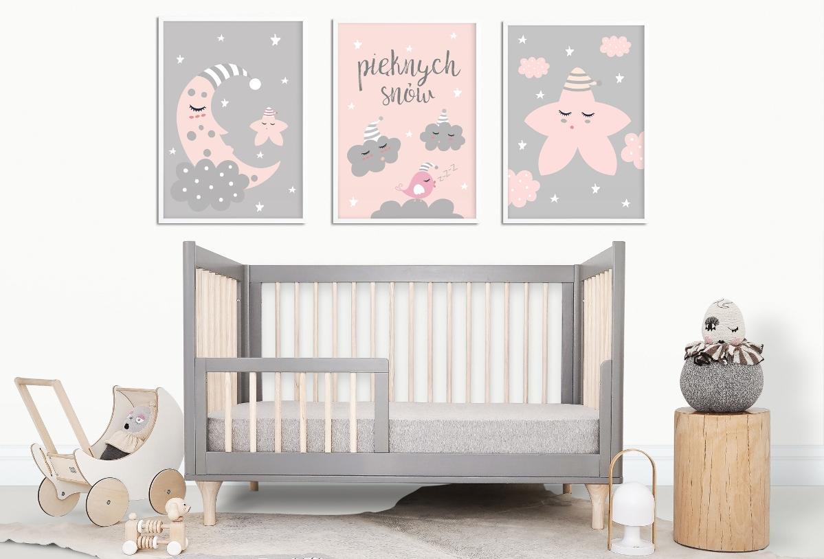 plakaty nad łóżeczko